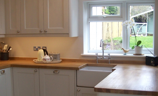 kitchen-stori-wakefield-painted-porcelain