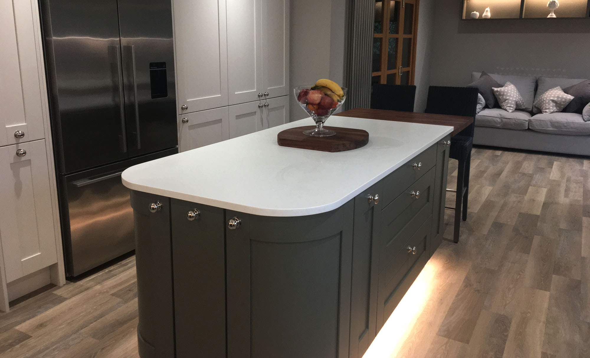 kitchen-stori-madison-painted-porcelain-olive-island